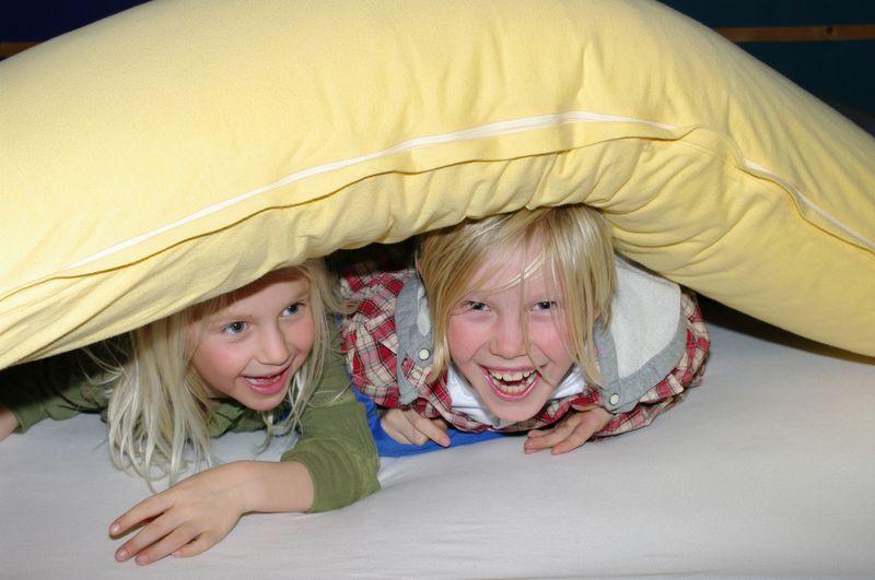 Lachende Kinder / Laughing children