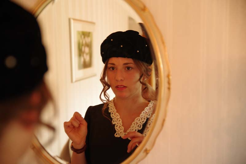 Spieglein an der Wand / Mirror on the Wall